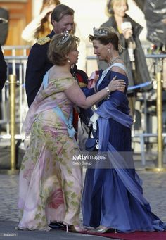 Duke Henri and Dutchess Maria Teresa of Luxembourg (L) greet Queen Sonia of Norway upon their arrival at the Royal Theatre May 13, 2004 in Copenhagen, Denmark. Royals from across Europe attended an evening performance at the theatre with Mary Donaldson and Danish Crown Prince Frederik prior to their wedding, planned for this Friday.