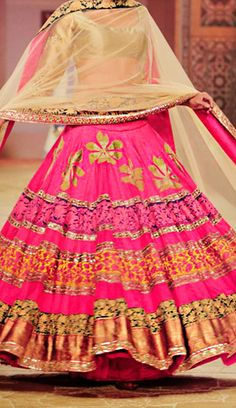 Make to Order Manish Malhotra Bridal Collection 201 at WIFW Indian Attire, Indian Ethnic Wear, Pakistani Bridal, Indian Bridal, Indian Dresses, Indian Outfits, Manish Malhotra Bridal, Desi Wear, Dressing