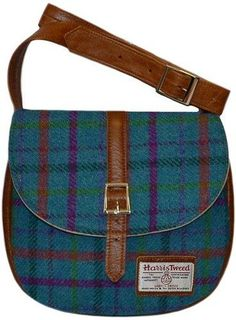 8998fe89ccd5 Wee Ceramic Bothies - A superb range of Harris Tweed Handbag Catriona 5  from The Liquorice Tree. Choose from a great selection of Scottish gifts