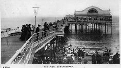 Dancing and Entertainments at Cleethorpes Pier - Postcard from the Kingsway Photo Series, published in England - 1911 Old Pictures, Old Photos, Off The Map, British Seaside, Holiday Park, English Heritage, Photo Series, Victorian Era, Edwardian Era