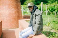 Sega en hoodie noir, bomber kaki #style #menstyle #streetstyle #streetwear #menswear #mensfashion #look #mode #sega #commeuncamion