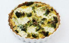 Hjemmelavet tærte med broccoli og ricotta