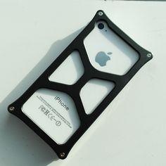 #Aluminum #Jacket Type 04 #Black #iPhone 4/4S #best #designer #bumpercase #style #men #geek #product #apple #mobile #gadgets #accessories