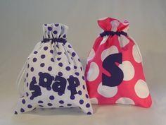 Gorgeous Personalised Polka Dot Drawstring Bag on Etsy. #Lunares