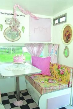 Vintage Glamper : wouldn't it to be awesome to get an rv/ camper in the future and just travel travel travel :)