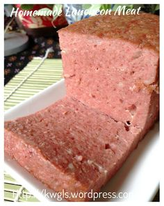 Game To Prepare Luncheon Meat With A Slightly Different Taste? Spam Recipes, Sausage Recipes, Pork Recipes, Baking Recipes, Meatloaf Recipes, Family Recipes, Recipies, Homemade Luncheon Meat Recipe, Homemade Spam Recipe