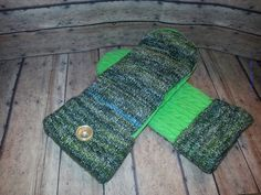 New to KatesHandiwork on Etsy: sweater mittens upcycled sweater mittens recycled sweater mittens ladies mittens handmade mittens kateshandiwork warm mittens green (25.00 USD)
