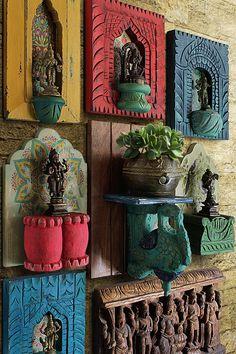 Indian Home Design, Indian Home Interior, Indian Interiors, Indian Room Decor, Ethnic Home Decor, India Decor, Antique Decor, Vintage Home Decor, Wall Decor Design