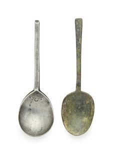 An early century pewter slip-top, English Antique Bottles, Antique Pewter, Primitives, 17th Century, Spoons, Bowls, Copper, English, Antiques