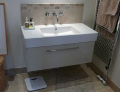 bespoke bathroom furniture 3a