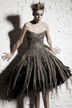 IRINA SHABAYEVA mini-bustier feather dress