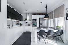 Conference Room, Table, Furniture, Design, Home Decor, Helsinki, Kitchen Ideas, Houses, Cuisine