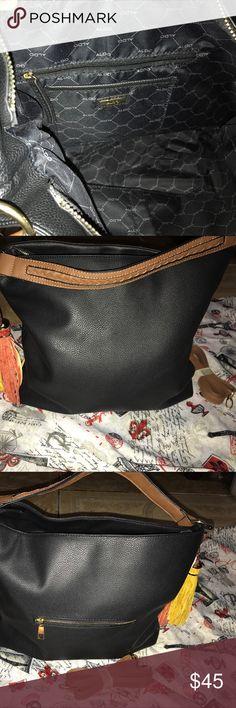 Beautiful Black Aldo Tote Casual Elegant perfect for any occasion bag Aldo Bags Shoulder Bags