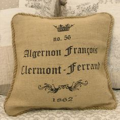 Perfect for the chair or sofa in a cottage Sofa Cushion Covers, Burlap, Cushions, Cottage, Decor Ideas, Throw Pillows, French, Chair, Crafts