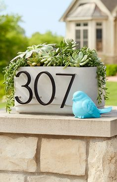 Cast this rugged concrete planter, then showcase house numbers by displaying the planter on a column flanking the driveway or on the ground in front of a mailbox. Backyard Projects, Outdoor Projects, Concrete Projects, Outdoor Ideas, Diy Projects, Outdoor Decor, Outdoor Plants, Outdoor Gardens, Concrete Planters