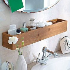 Home Decorating Ideas On a Budget Badezimmer-Regal-Ideen Home Decorating Ideas On a Budget Source : Badezimmer-Regal-Ideen by Share Small Bathroom Storage, Bathroom Organisation, Small Storage, Bathroom Ideas On A Budget Small, Small Spa Bathroom, Small Bathroom Mirrors, Easy Bathroom Updates, Small Basement Bathroom, Under Sink Storage