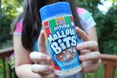 mallow bits are great in hot cocoa follow me @CurlyRooRoo