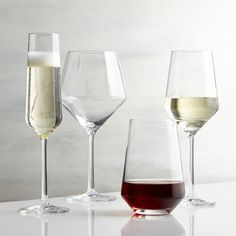 A new angle in stemware from Schott Zwiesel creates an edgy silhouette with exquisite brilliance and clarity. Made of break-, chip- and scratch-resistant Tritan glass, each wine glass exhibits the same exquisite brilliance and clarity as hand-blown crystal.<br /><br /><NEWTAG/><ul><li>By Schott Zweisel</li><li>Tritan® glass</li><li>Dishwasher-safe</li><li>Made in Germany</li></ul><br /><br />