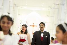 Wedding at St Anthony's Church Kuala Lumpur: Desmond + Annette http://www.emotioninpictures.com/wedding-st-anthony-church-kuala-lumpur-desmond-annette/