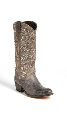 every girl needs a pair of these #boots in their closet...