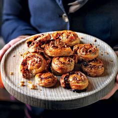 Puff pastry Catherine wheels