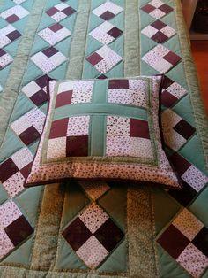 Patchwork deka + polštář Quilts, Blanket, Home, Scrappy Quilts, Quilt Sets, Ad Home, Blankets, Homes, Log Cabin Quilts