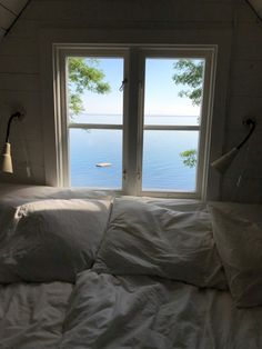 Dream Life, My Dream, How To Fall Asleep, Summertime, Architecture Design, Coastal, Happiness, Cabin, Windows