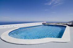 8 best santorini images santorini traveling 5 star hotels rh pinterest com