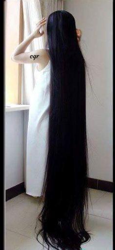 Yes I do need a serious cut. Loose Hairstyles, Pretty Hairstyles, Worlds Longest Hair, Herbal Hair Colour, Natural Hair Styles, Long Hair Styles, Rapunzel Hair, Loose Waves Hair, Long Black Hair