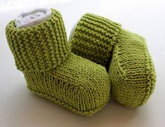Free knitting pattern for Baby Uggs Booties and more baby booties knitting patterns