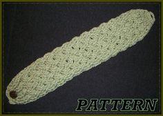 I like the design on this crocheted headband.
