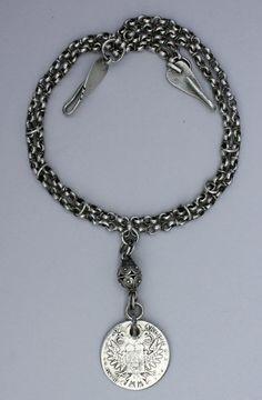 Palestinian Iznaq Chin-Chain