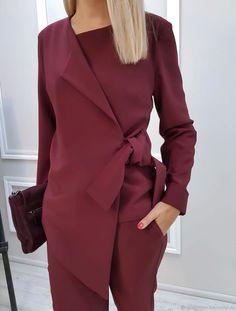 Modest Fashion, Women's Fashion Dresses, Hijab Fashion, Dress Outfits, Stylish Kurtis Design, Costum, Structured Fashion, Suits For Women, Clothes For Women