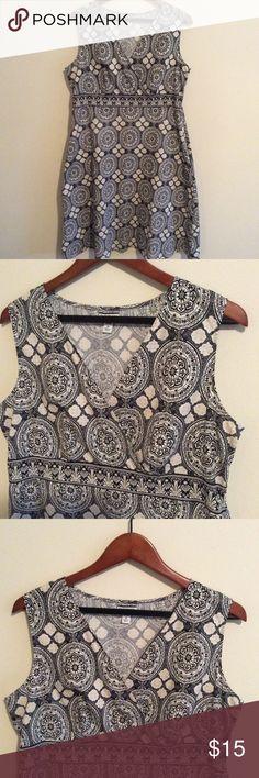 Pretty Print Cotton Blend Midi With Pockets 16 Sleeveless Croft & Barrow dress. 98% Cotton 2% spandex. Size 16 stretch croft & barrow Dresses Midi