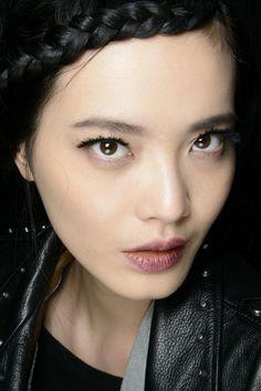 Nanette Lepore Fall 2014. http://votetrends.com/polls/369/share #makeup #beauty #runway #backstage