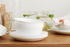 White OFTAST dinnerware is made of dishwasher-safe, microwave-safe, impact-resistent tempered glass. Dinner Bowls, Ikea Home, Dinnerware, Plates, Tableware, Kitchen, Microwave, Dishwasher, Cucina