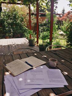Lucero & # s studyblr - Studyblr, Vie Motivation, Study Motivation, Bible As Literature, Study Organization, Study Space, Study Areas, Study Hard, School Notes