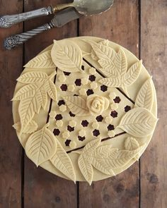 Magical Autumn leaves. Repost from @karinpfeiffboschek #pie #pieart #piecrust #f52pie #baking #marthabakes #creativity #instabake #homebaker #eatmorepie #ilovetobake #imsomartha #foodpic #ilovepie #pastry #foodwinewomen #hereismyfood #artisan #artphotography #onmytable #pielover #food52 #foodstyling #foodpornshare #feedfeed #feedfeedbaking