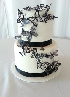 My Beautiful Black and White Wedding Cake with Butterflies. Inside a ...