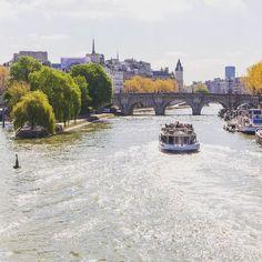 Bonjour Paris et bonne rentrée à tous !   Vous vous baladez au Pont Neuf ?