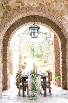 Tuscan italian table wedding Bella Collina wedding www.AmalieOrrangePhotography.com