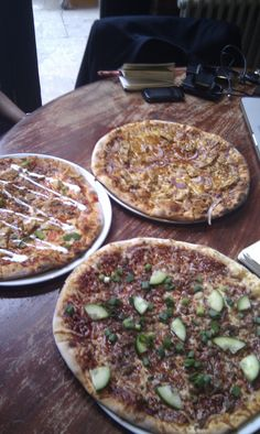 www.bloo88.com - excellent pizza from this 2 week old venue on West Street, Sheffield