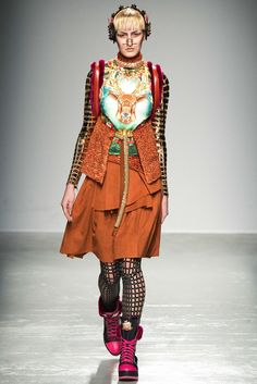 Manish Arora Fall 2015 Ready-to-Wear Collection Photos - Vogue