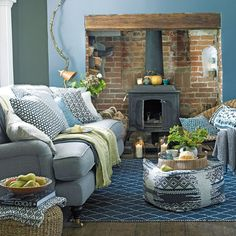 Country living room with woodburning stove front room ideas Cottage Living, Winter Living Room, Living Room Diy, Country Living Room Design, Cosy Living Room, Cozy Living, Coastal Living Rooms, Country Living Room, Home Living Room