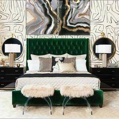 Green is the new black! Thank u for the perfect interior design by @divine_design_decor ...❤️ #resin #resinart #resinartist #art #artwork…