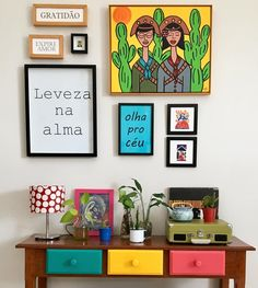 Indian Home Decor Entryway Traditional Decor Home Decor Bedroom, Entryway Decor, Living Room Decor, Diy Home Decor, Indian Room Decor, Ethnic Home Decor, Indian Decoration, Colourful Living Room, Indian Living Rooms