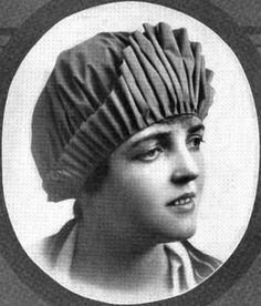 kleinerts bathing cap  1916 Bathing Costumes, Photo Vintage, Shower Cap, Swim Caps, Bathing Beauties, Galveston, Dementia, Belle Photo, Bathing Suits