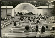 Overton_Park_Shell - 13 Vintage Photos of Summer Merriment in Memphis Overton Park, Old Fashioned Photos, Memphis Tennessee, Great Memories, Good Old, Old Pictures, Vintage Photos, Dolores Park, City