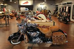 COASTAL VICTORY & INDIAN MOTORCYCLE'S MURRELLS INLET SC. 843-651-9799 OR WWW.COASTALVICTORY.COM 2014 Indian CHIEF VINTAGE VINTAGE - Murrells Inlet SC