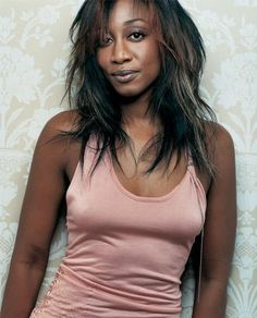 I'm assuming most of the American readers may not know of Beverley Knight--but you need to. Music Icon, Soul Music, Beverly Knight, Soul Singers, Soundtrack To My Life, Aretha Franklin, New Music, Jazz Music, Christina Aguilera